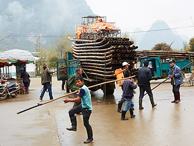 boats in yangshou china